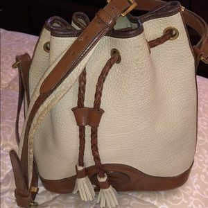 Vintage Dooney & Bourke all weather leather bag